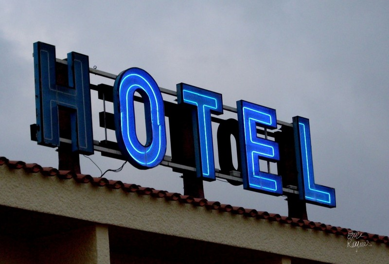 HOTEL 18h
